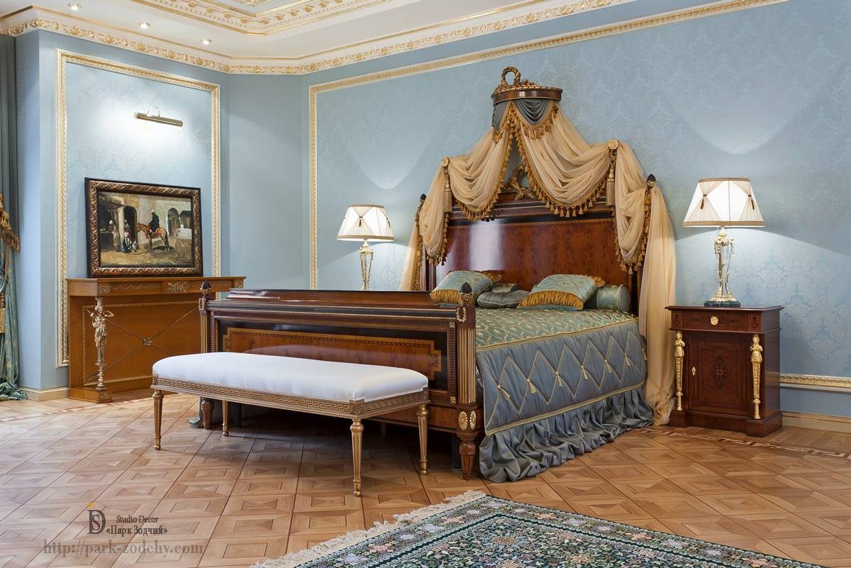A four-poster bed in the interior bedroom in the Empire style