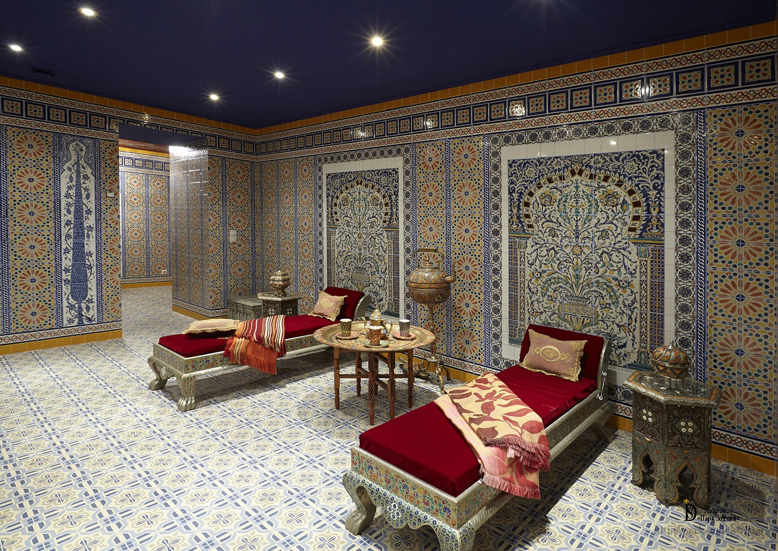 Decorative tiles in the interior of the hamam