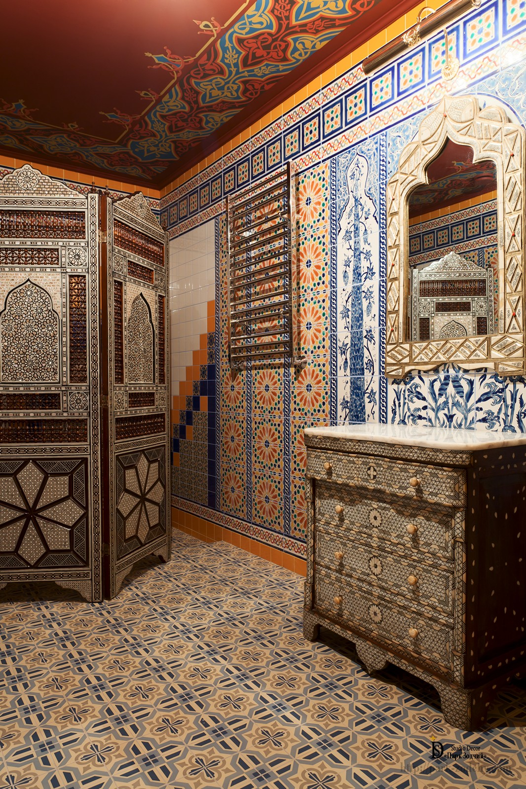 Hammam interior with screen and stylized chest of drawers