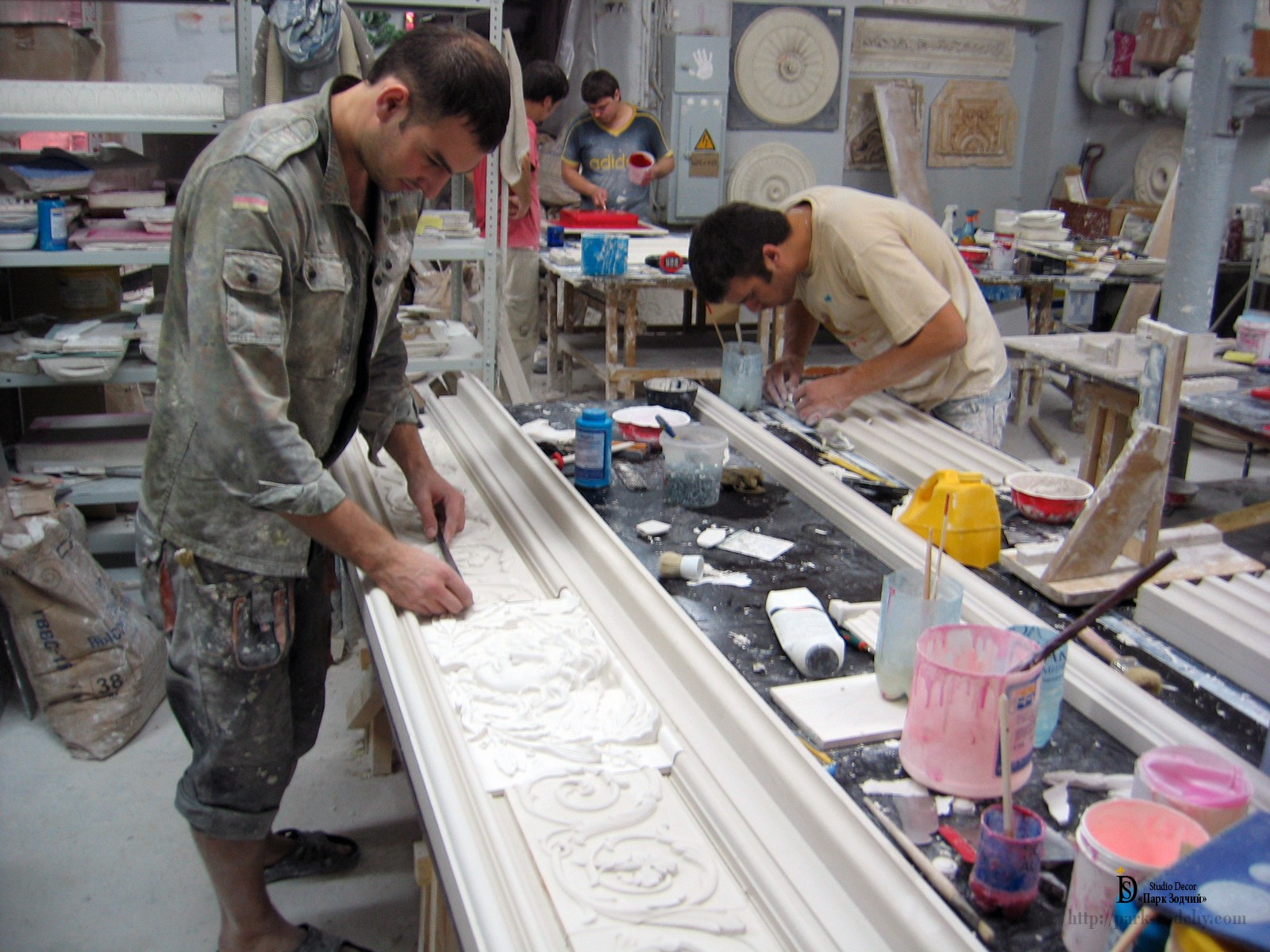 workshop production of moldings