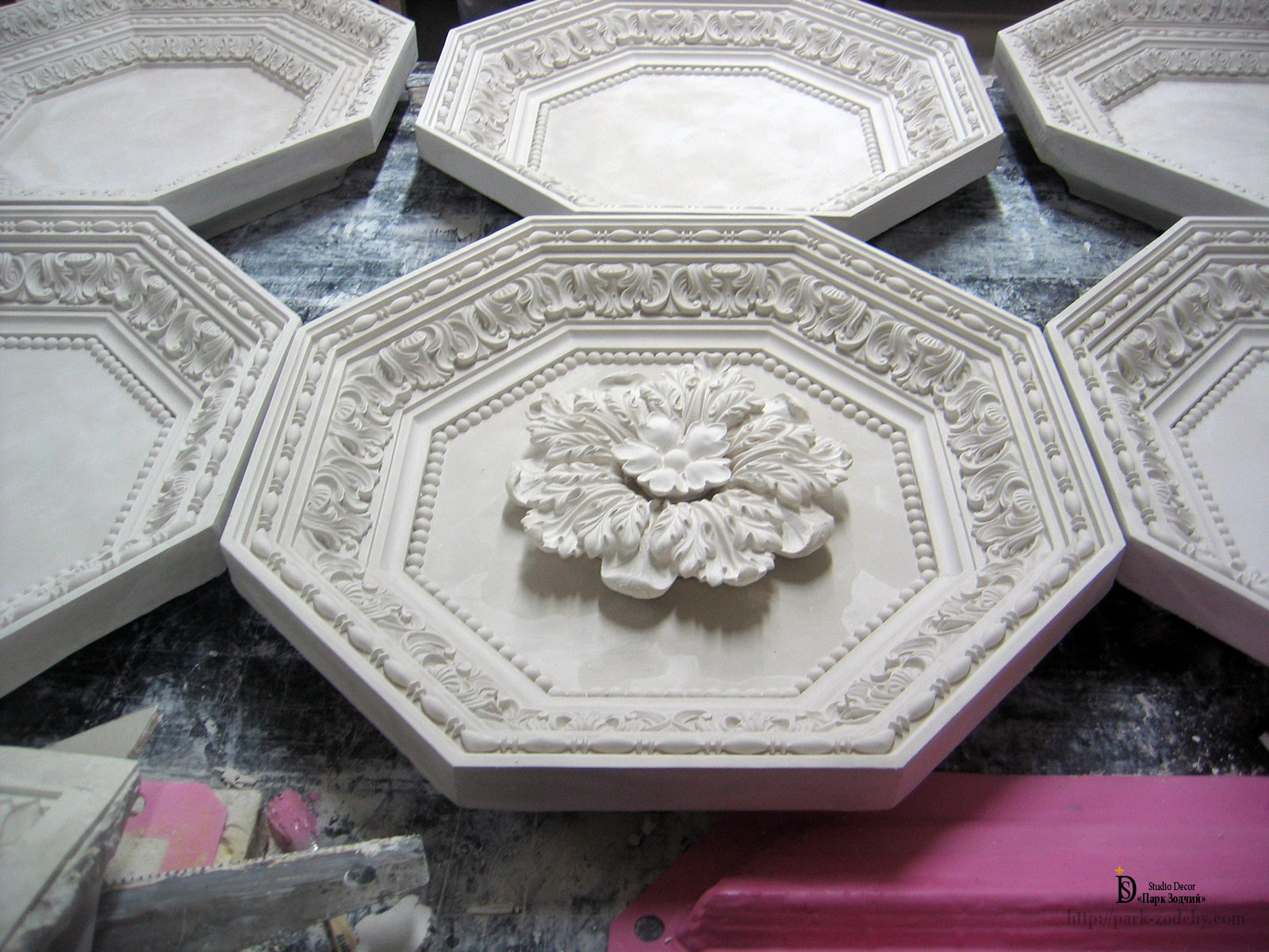 manufacturer coffered ceiling of stucco