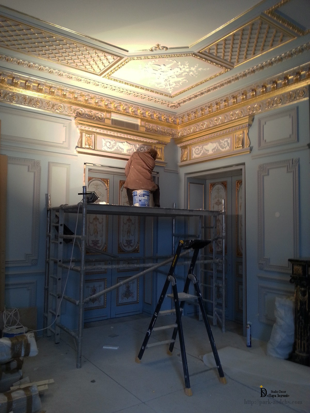 installation of plaster casings and portal