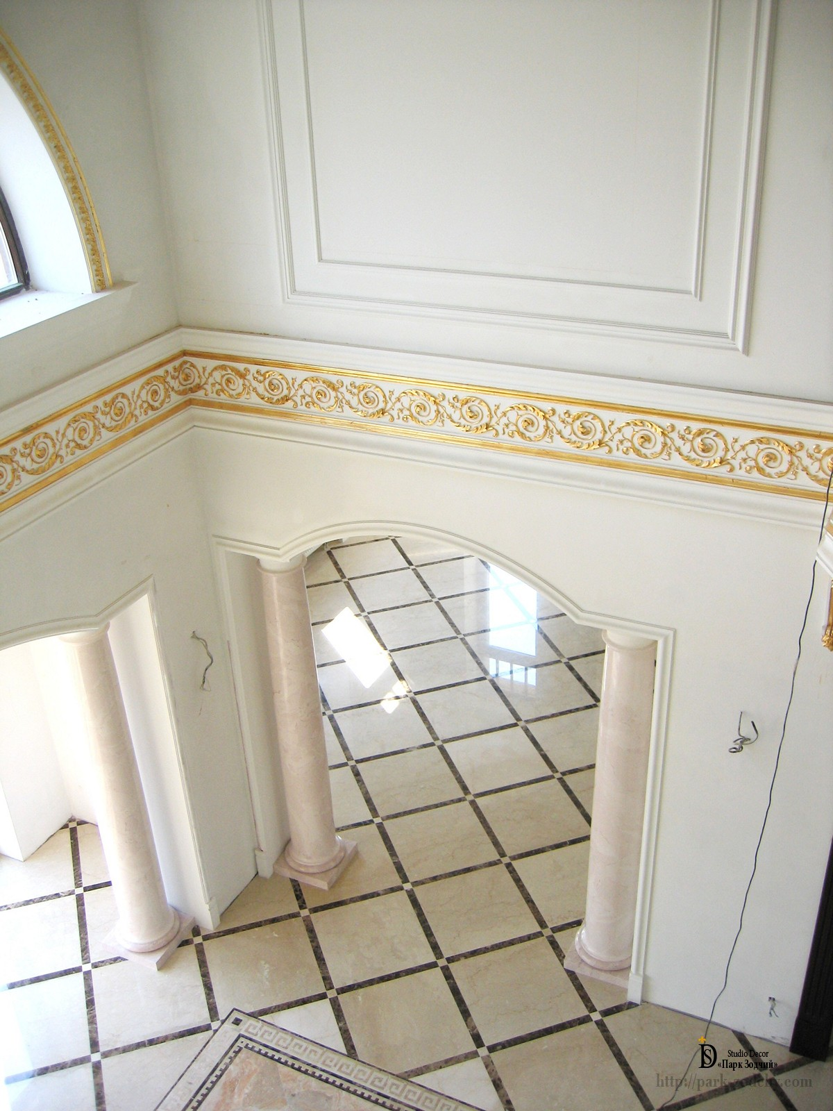 plaster moldings in the interior