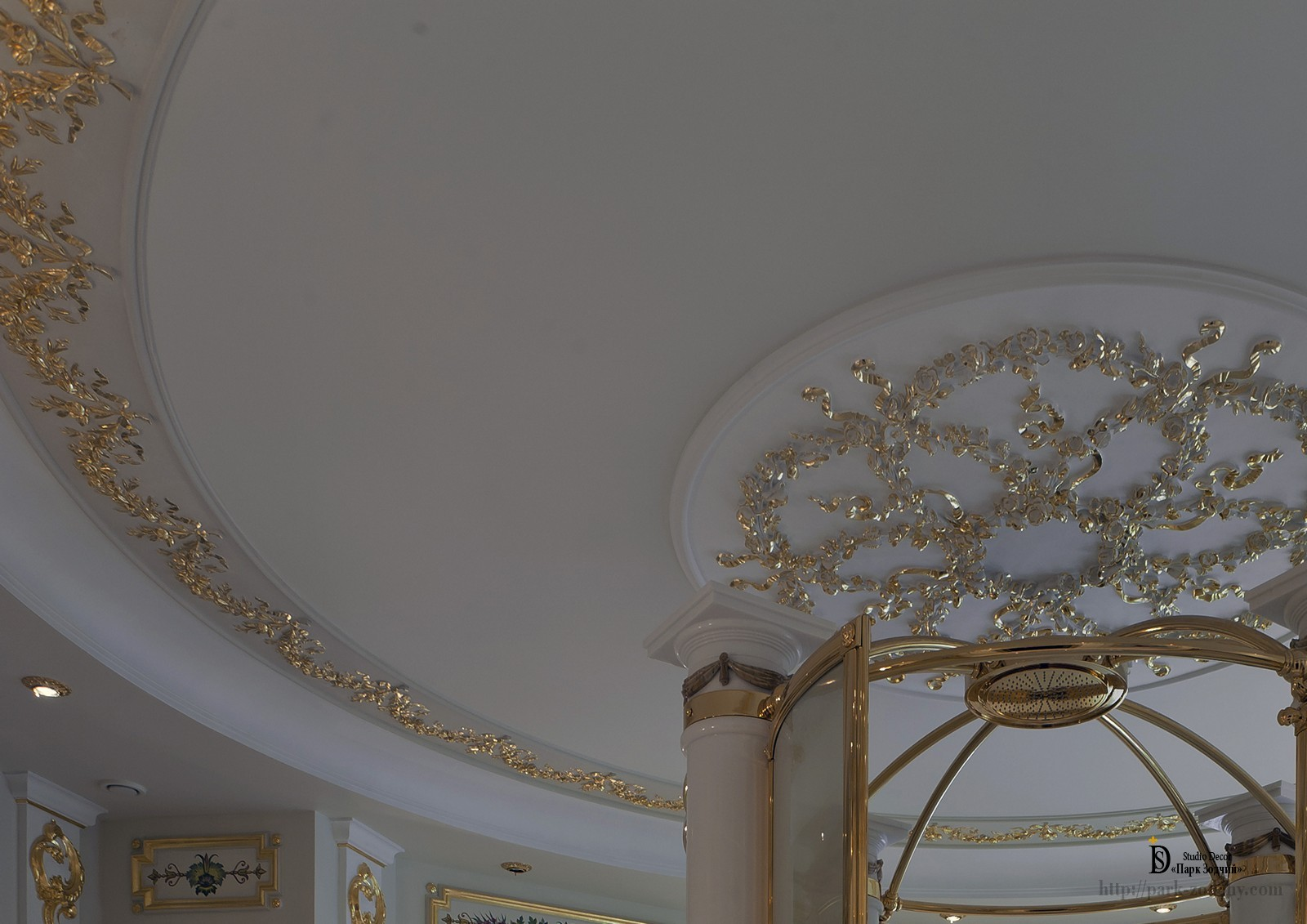Gold-plate bathroom ceiling