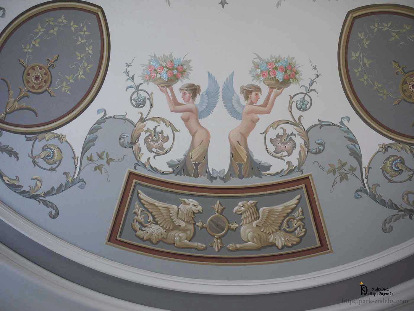 Painted ceiling in Empire style
