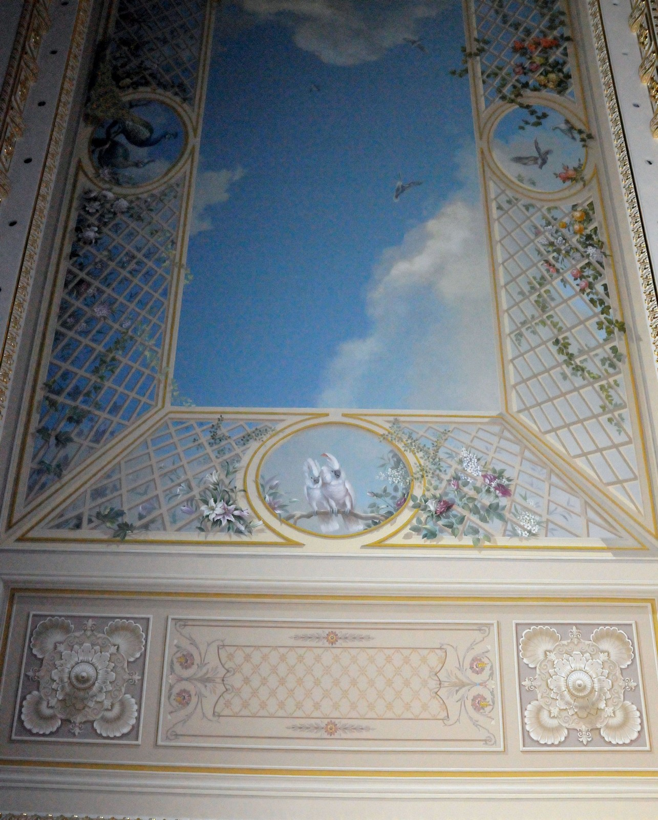 Fragment of painting trompe l'oeil on the ceiling