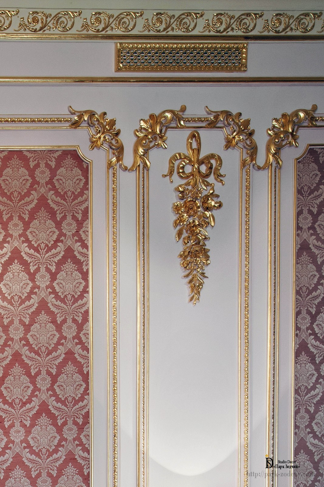 Gilding with gold leaf vanity mirrors festoon