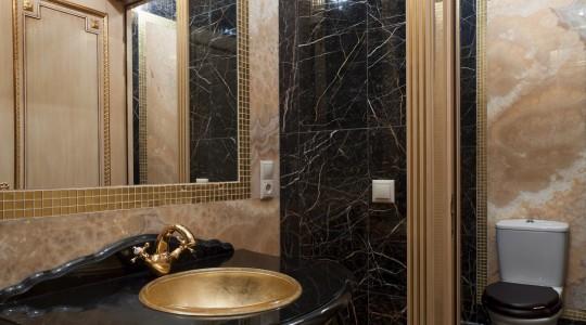 Design of toilet rooms in classic style studio decor for Park designs bathroom accessories